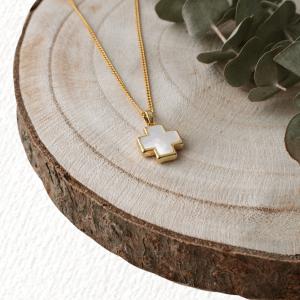 collar cruz dorado