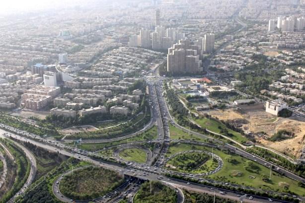 Tehran_milad_view_streets