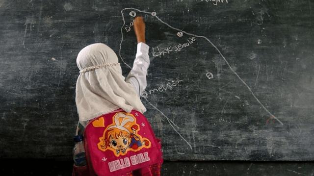 Terlalu Pintar, Anak 10 Tahun asal Sragen jadi Guru di Sekolahnya Sendiri