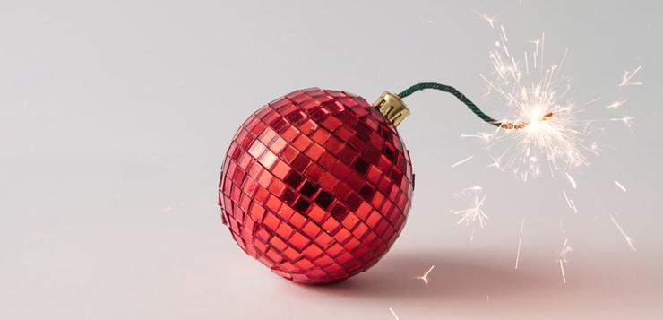 christmas tree bulb that looks like a fuse on a bomb
