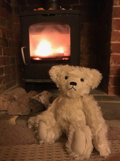 Little White Bear: Hot Stuff!