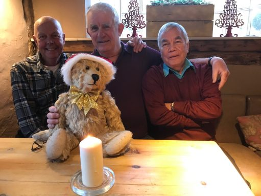 Little White Bear: Lighting a Candle for Diddley - Rob, Bobby and Dave. The Ramblers Rest, Chipstead Valley, Surrey.