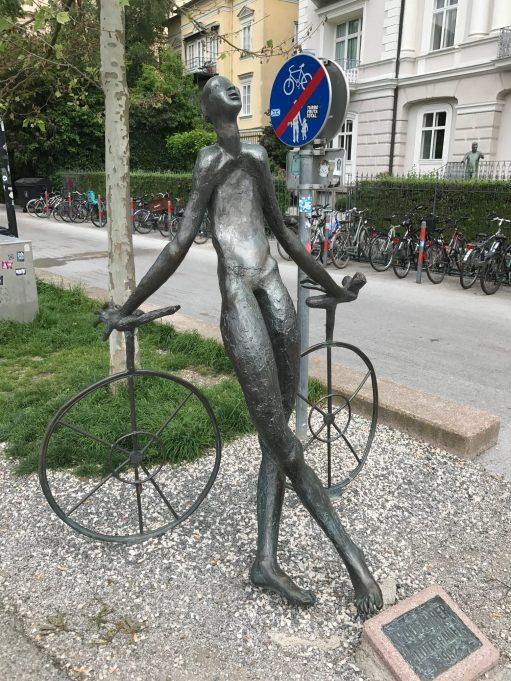 Salzburg: Skinny cyclist.