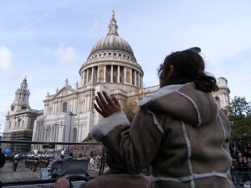 Special One: Past St Paul's. Cameras right, Jasmine!
