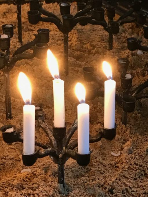Lighting a Candle to Diddley in Christ Church Spitalfields, Fournier Street