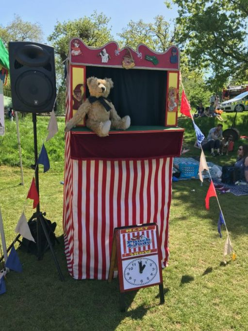 "Teddy Bears' Picnic: ""Does everyone realise how famous I am? They will when they read the programme!"""