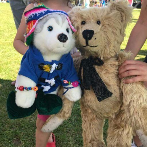 "Teddy Bears' Picnic: ""Bit 'ot for that gear!"""