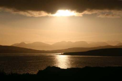Contre-jour: Twelve Bens of Connemara. Sunrise. We loved Ireland.