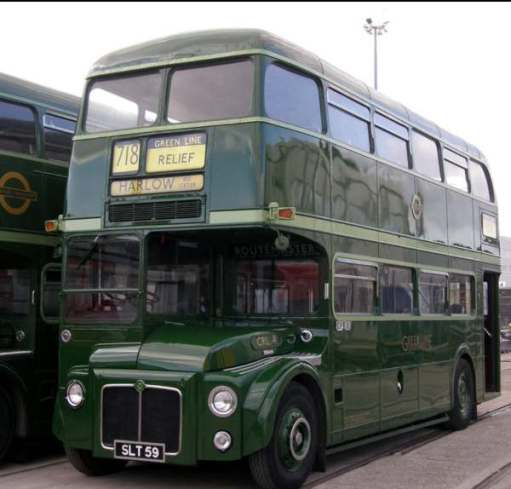 No 4 (SLT 59) was designated CRL4 and was a Greenline coach version with closing platform doors.