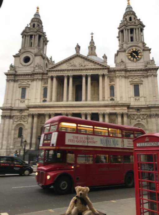 Routemaster: Five icons. St Paul's plus four. Where we got off.