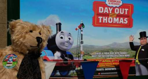 Enjoy a train ride with Thomas and friends, and meet the Fat Controller!