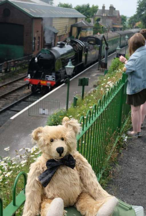 30506 at Ropley Station, with Bertie in front of the platform.
