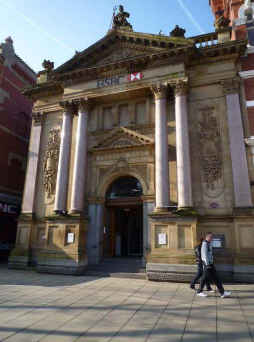 Wonderful Bank building. Now HSBC. Once Preston Bank, who must have blimmin' rich!