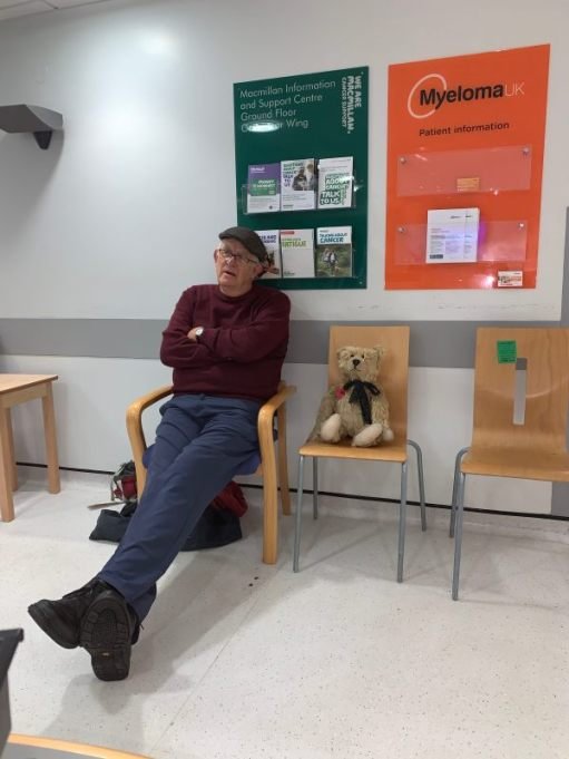A rather bored looking Bobby and Bertie sat on chairs in St George's Hospital.