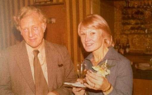 Frank and Sarah (Diddley's beloved mother).