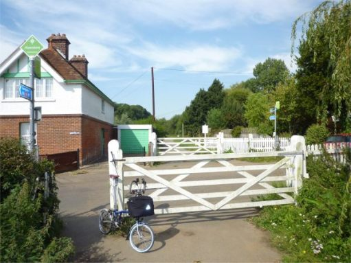 September 2011. NCN Route 23. Disused station, now a private house. Alverstone, Isle of Wight. Whenever Bobby passes through Alverstone, he always thinks of his mum and dad. A family holiday staying in Ryde. A bus to Alverstone. Strawberries and cream in the garden of Strawberry Cottage and…