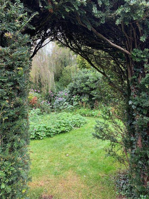 Secret garden at Dunsborough Park.