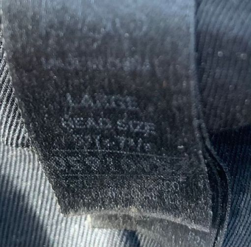 """Close up of the label in Bobby's 'at par excellence that says """"large head size""""."""