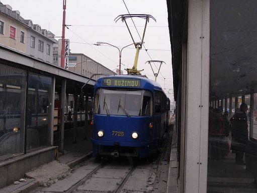 Bratislavian tram 7725.