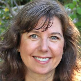 Julia Bates