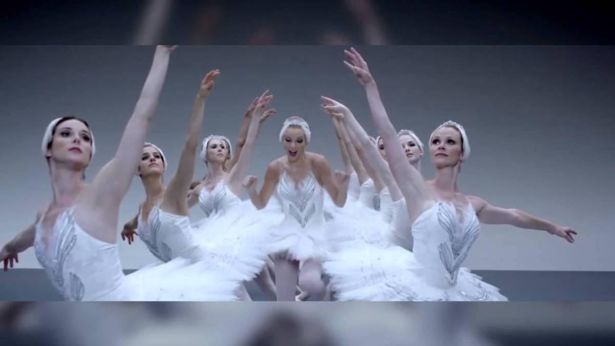 """""""The Perfect Drug"""" von den Nine Inch Nails und """"Shake It Off"""" von Taylor Swift im Mashup"""