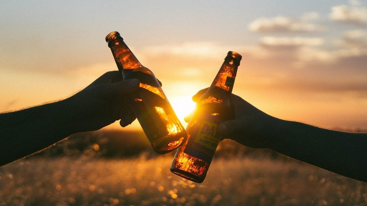From Drinking to Disorder – The front and back of Alcohol Use Disorder