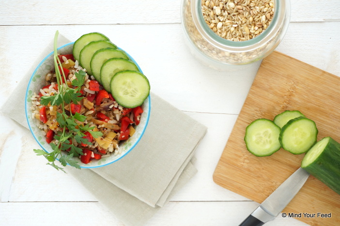 oosterse groenteschotel met kip