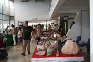 Prodaja minerala na sajmu