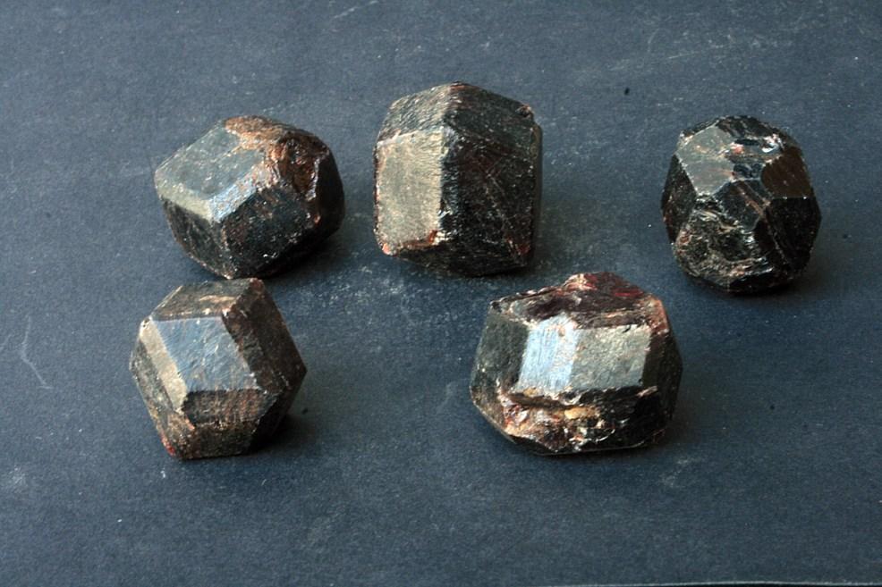 Granat mineral