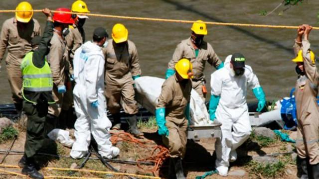 Rescatan en Tanzania a 5 mineros atrapados bajo tierra durante 41 días