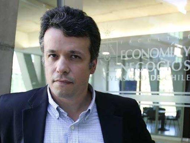 """""""Habrá que discutir la apertura de parte de Codelco en bolsa"""""""