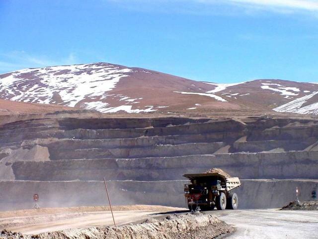 """FMI """"preocupado"""" por Codelco y firmas estatales de región"""