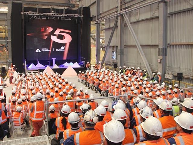 BHP Billiton inaugura nueva concentradora de Escondida y avanza en proyecto de otra para Spence
