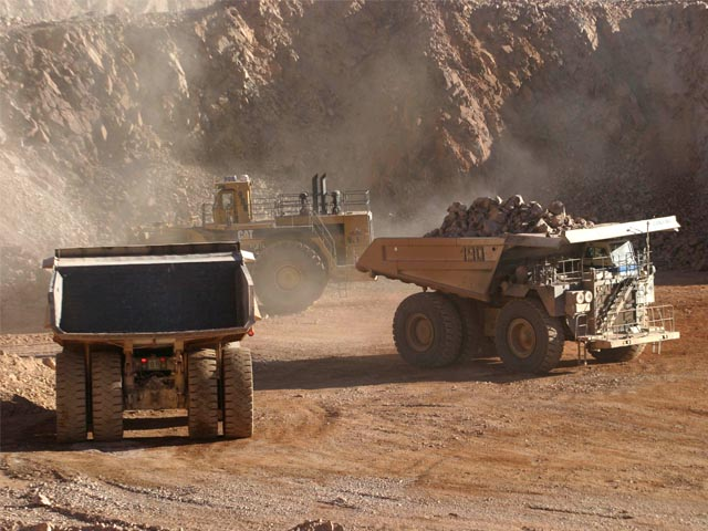 Diez faenas de la gran minería privada tuvieron pérdidas en 2015