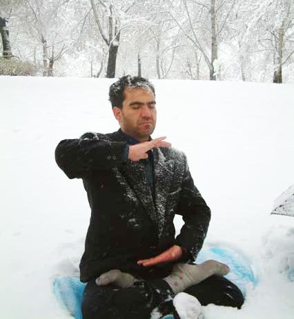 穆罕默德冬天坚持在户外炼功