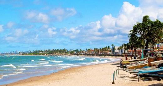 Praia de Itapuá Salvador-BA
