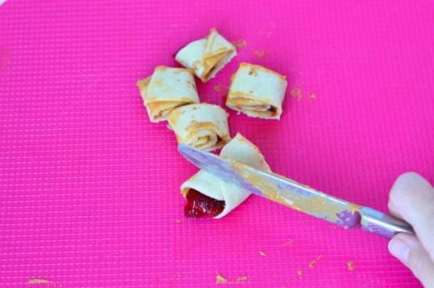 Quick And Easy Crustless PB & J Rolls - Homeschool Mom Lunch Hack 1