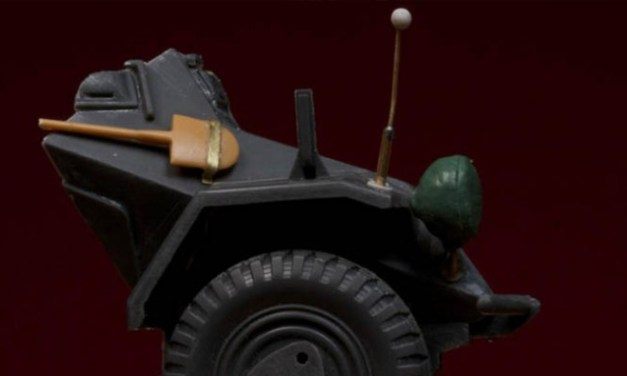 Driver Sd.Kfz.222 – Minisoldiers