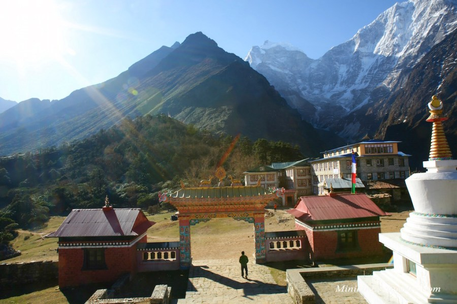 Mani gate at Tengboche monastery