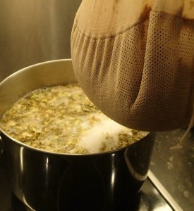 Draining the BIAB bag over the boiling wort