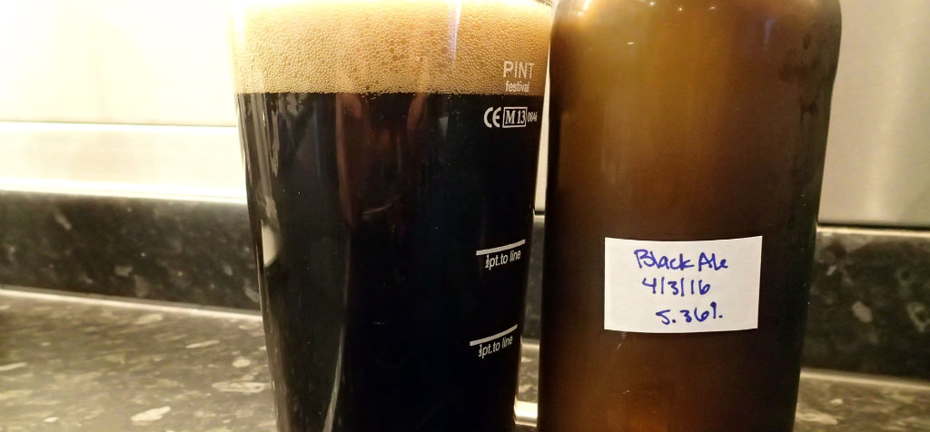Black colour and strong head on the Black Ale
