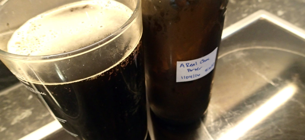 Thin head but a truly black Chocolate Porter