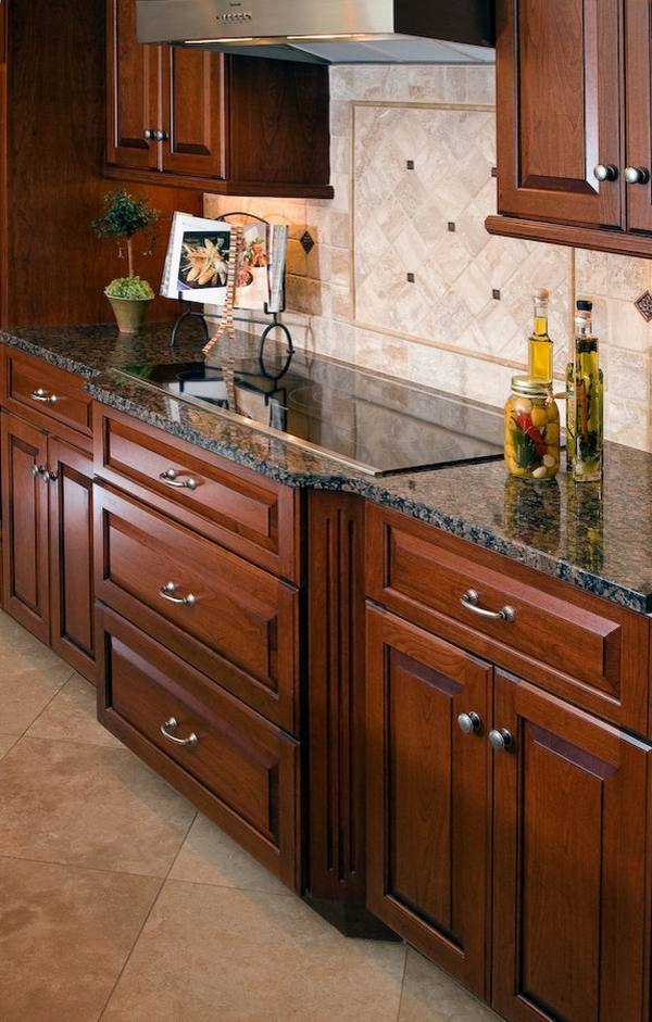 Baltic brown granite countertops - texture and charm to ... on Kitchen Backsplash Ideas With Black Granite Countertops  id=20396