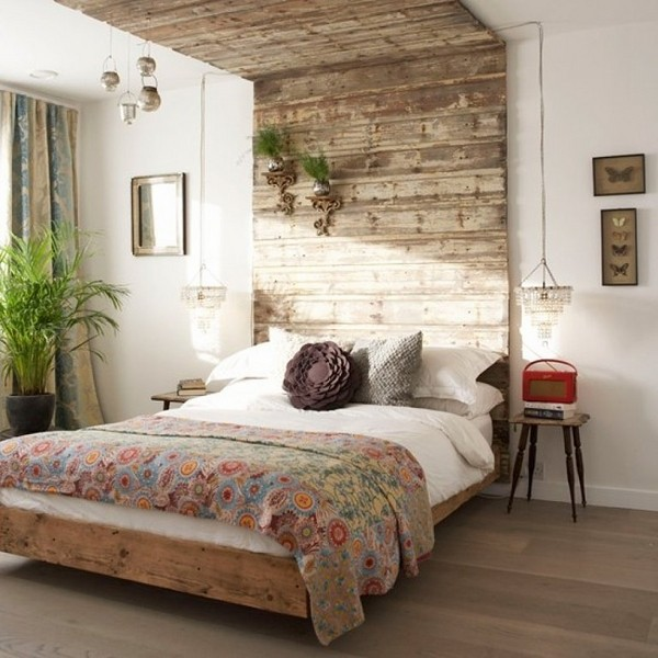 Creative pallet headboard ideas - a charming accent in the ... on Bedroom Pallet Ideas  id=46549
