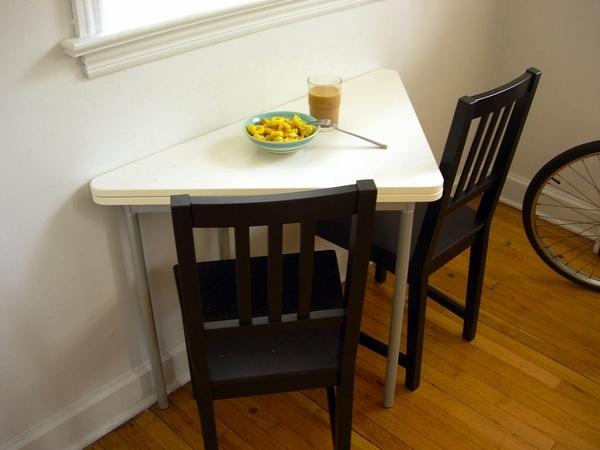 mesa de comedor de diseño triangular mesa plegable blanco Ideas de Cocina
