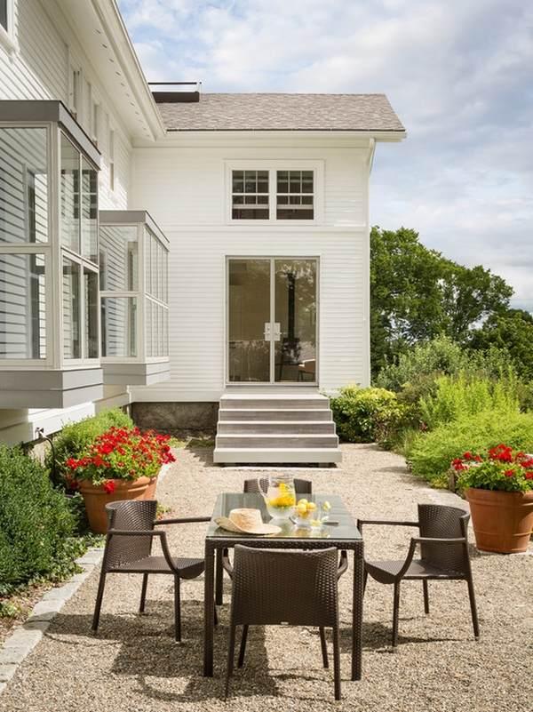 Patio landscape design - cost effective pea gravel patio ... on Patio Gravel Ideas id=28226