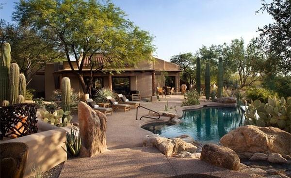Desert landscaping ideas - basic rules to design a great ... on Desert Landscape Ideas For Backyards id=71681