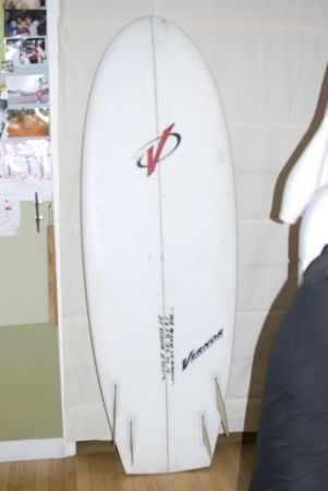 "5'8"" Vernor Mini Simmons Surfboard"