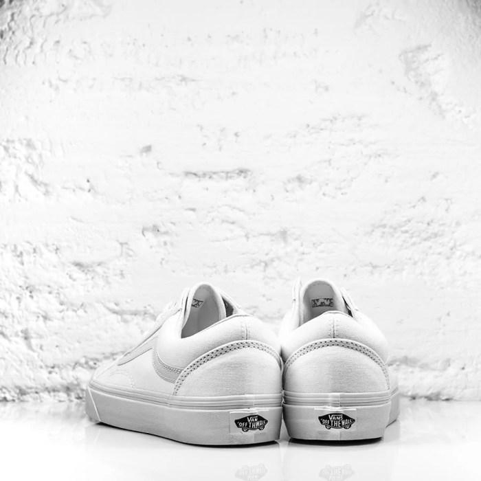 VANS ALL WHITE 4