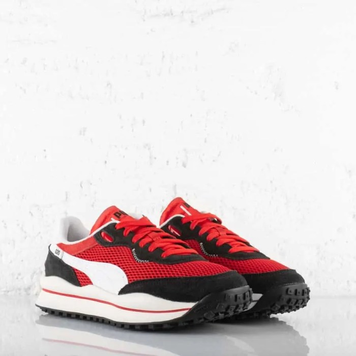 PUMA STYLE RIDER STREAM ON TRAINERS HIGH RISK RED (3)